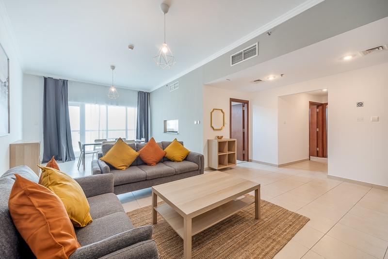 2 Bedroom Apartment For Short Term Rental in  Burj Al Nujoom,  Downtown Dubai   0