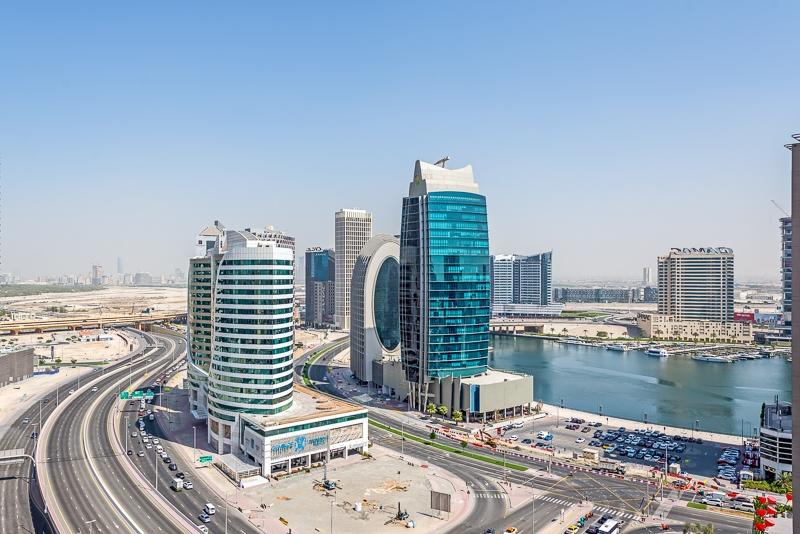 2 Bedroom Apartment For Short Term Rental in  Burj Al Nujoom,  Downtown Dubai   6
