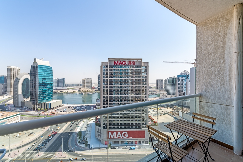 2 Bedroom Apartment For Short Term Rental in  Burj Al Nujoom,  Downtown Dubai   11