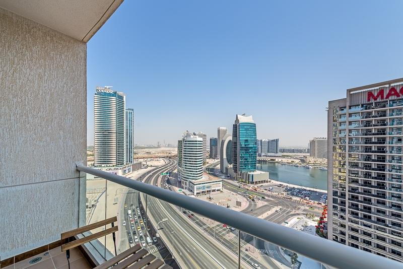 2 Bedroom Apartment For Short Term Rental in  Burj Al Nujoom,  Downtown Dubai   12