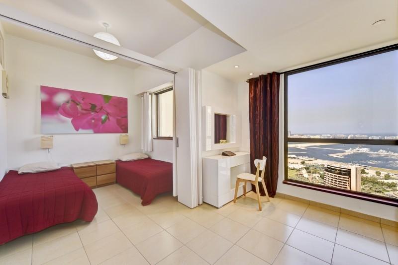 2 Bedroom Apartment For Short Term Rental in  Sadaf 7,  Jumeirah Beach Residence   8