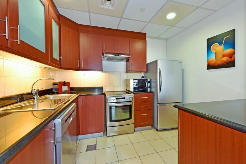 2 Bedroom Apartment For Short Term Rental in  Sadaf 7,  Jumeirah Beach Residence   3