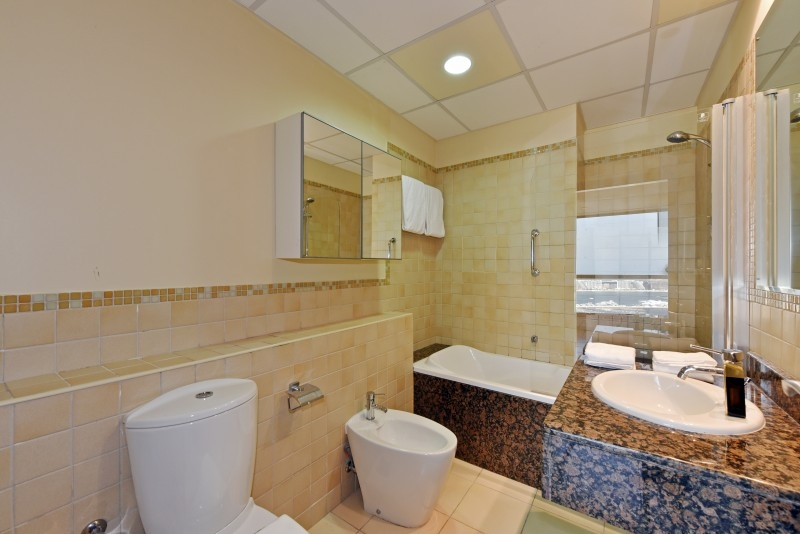 2 Bedroom Apartment For Short Term Rental in  Sadaf 7,  Jumeirah Beach Residence   7