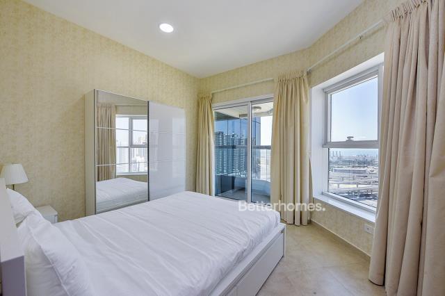 2 Bedroom Apartment For Short Term Rental in  New Dubai Gate 2,  Jumeirah Lake Towers   5