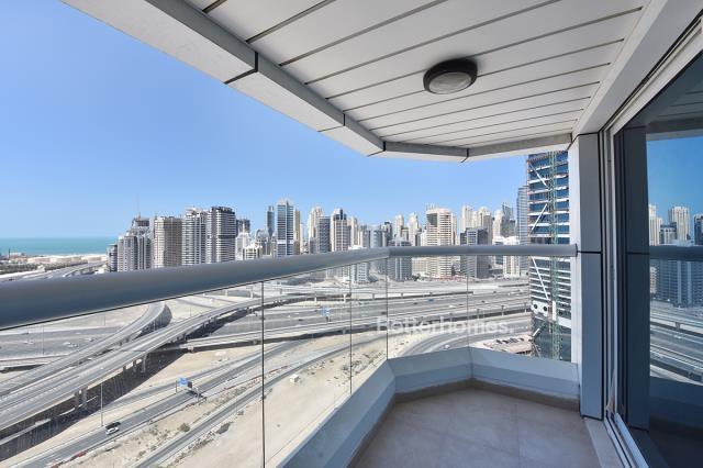 2 Bedroom Apartment For Short Term Rental in  New Dubai Gate 2,  Jumeirah Lake Towers   6