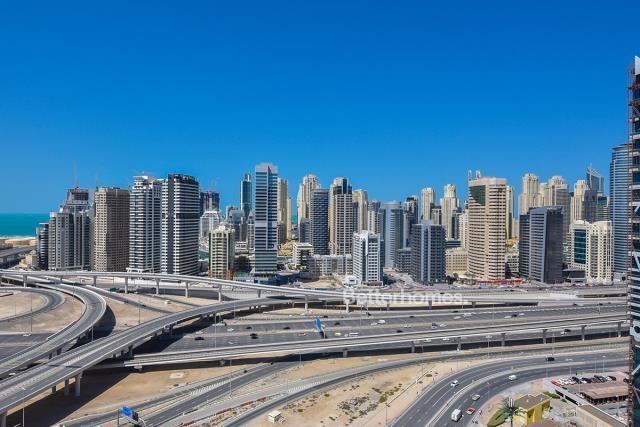 2 Bedroom Apartment For Short Term Rental in  New Dubai Gate 2,  Jumeirah Lake Towers   7