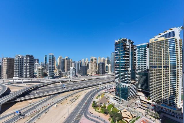 2 Bedroom Apartment For Short Term Rental in  New Dubai Gate 2,  Jumeirah Lake Towers   8