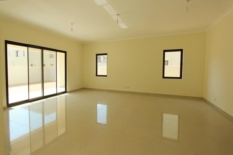 5 Bedroom Villa For Sale in  Samara,  Arabian Ranches 2   3