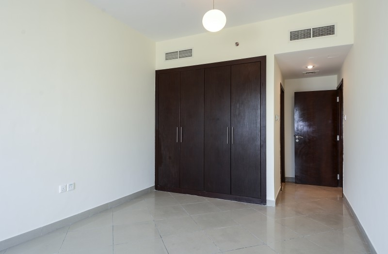 2 Bedroom Apartment For Sale in  Icon Tower 2,  Jumeirah Lake Towers | 4