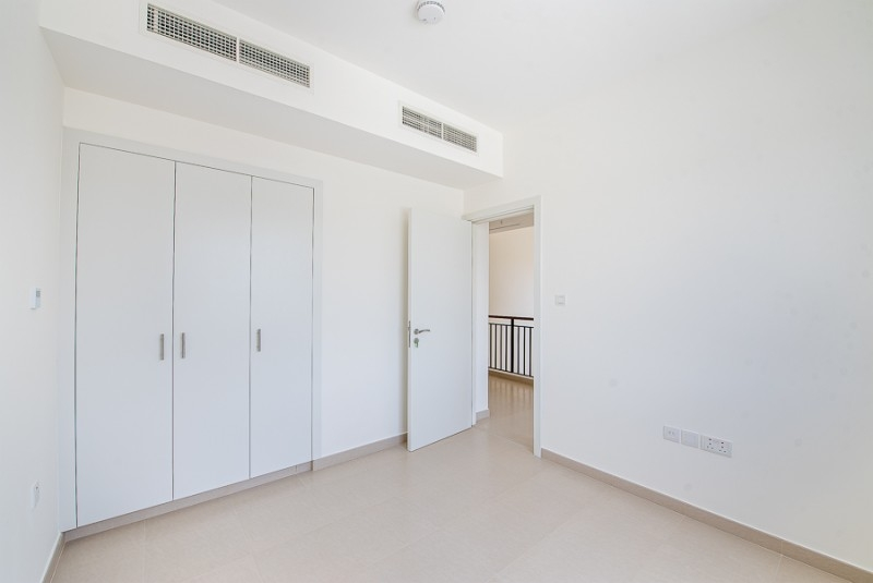 3 Bedroom Townhouse For Sale in  Noor Townhouses,  Town Square | 4
