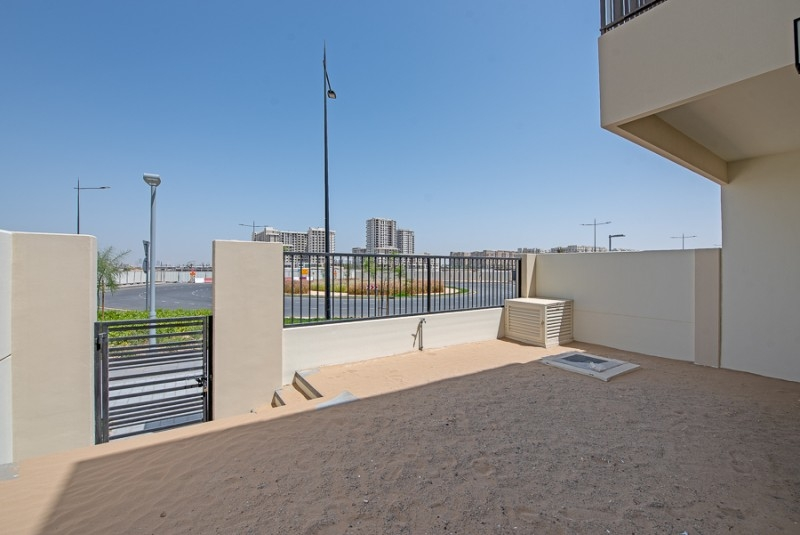 3 Bedroom Townhouse For Sale in  Noor Townhouses,  Town Square | 8