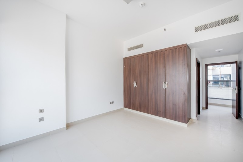 1 Bedroom Apartment For Rent in  Jeewar Tower,  Jumeirah Village Circle   3