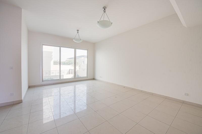 3 Bedroom Villa For Rent in  Umm Suqeim 2,  Umm Suqeim   11