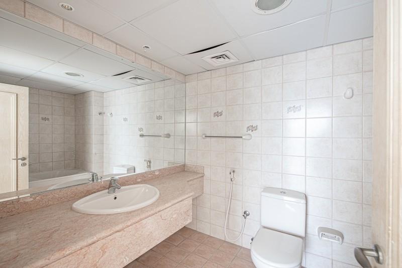 3 Bedroom Villa For Rent in  Umm Suqeim 2,  Umm Suqeim   14