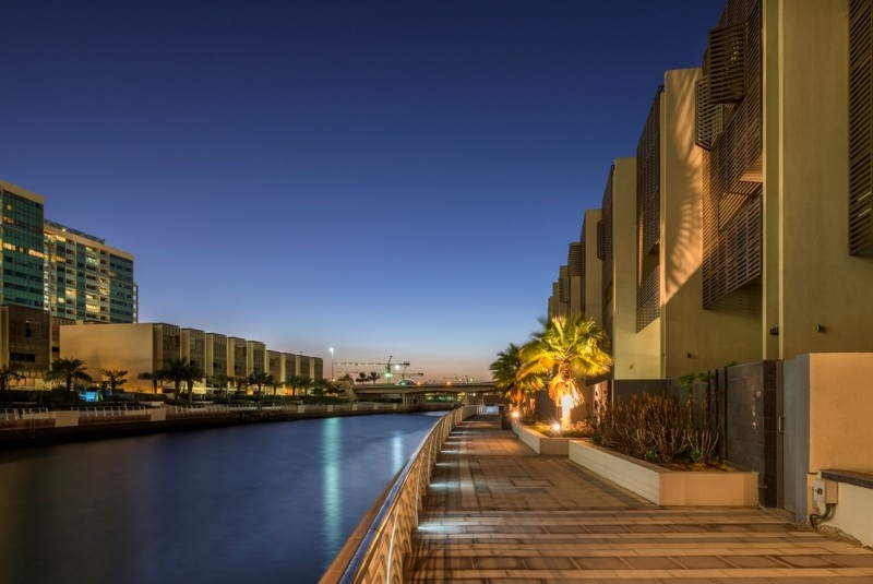 2 Bedroom Apartment For Sale in  Al Nada 2,  Al Raha Beach   9