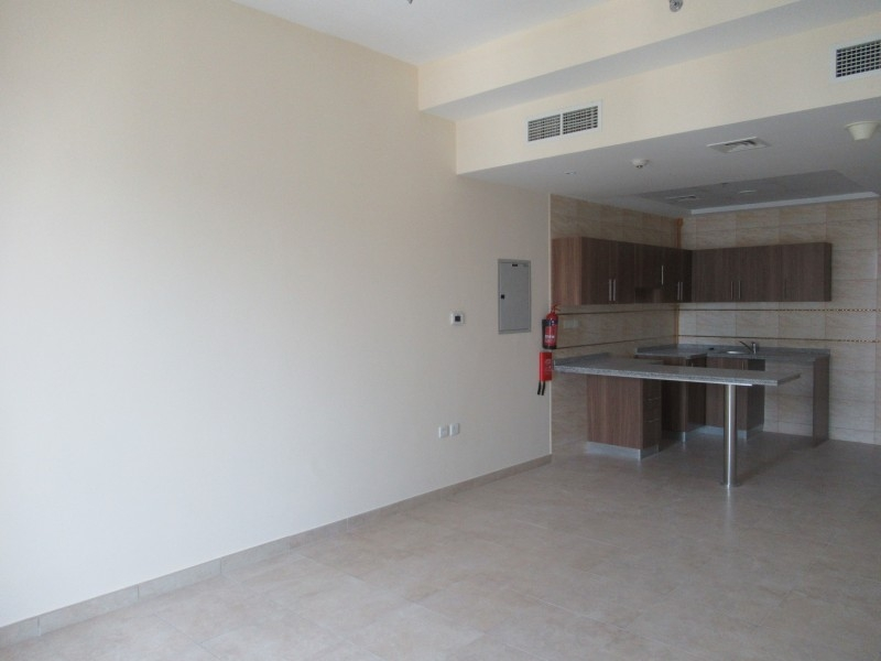 1 Bedroom Apartment For Rent in  Preatoni Tower,  Jumeirah Lake Towers | 3