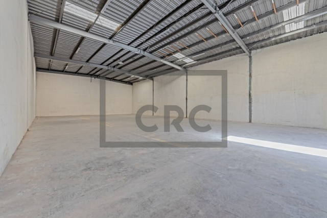 warehouse for rent in al quoz