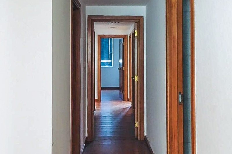 4 Bedroom Apartment For Rent in  Marina Plaza Building,  Electra Street   14