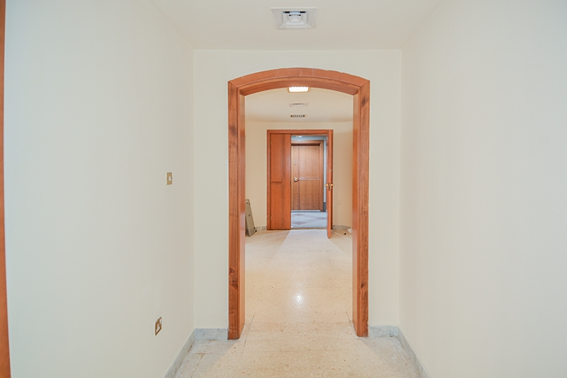 4 Bedroom Apartment For Rent in  Marina Plaza Building,  Electra Street   6