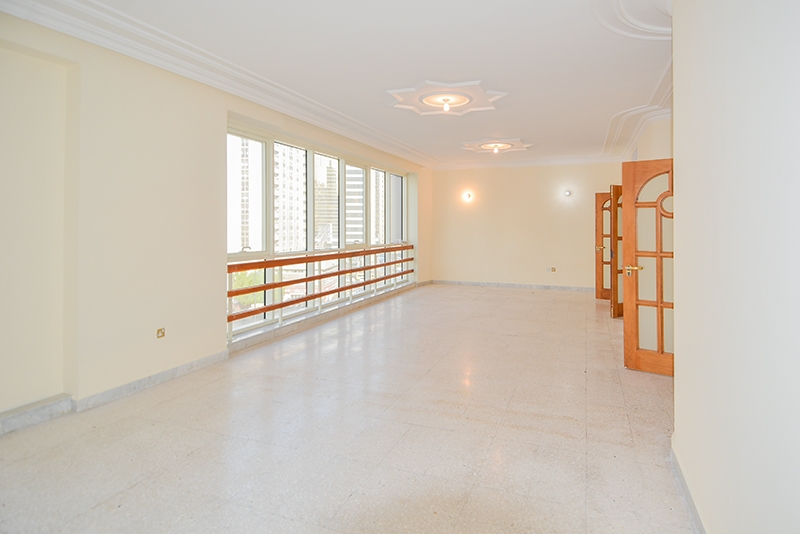 4 Bedroom Apartment For Rent in  Marina Plaza Building,  Electra Street   0