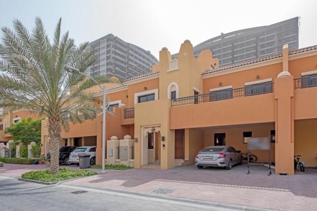 Bloomingdale, Dubai Sports City