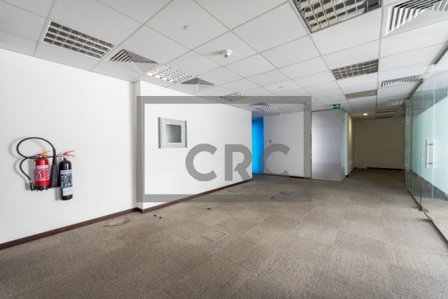office for rent in sheikh zayed road, maze tower   5