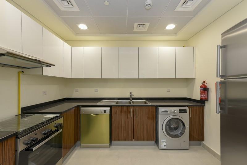 1 Bedroom Apartment For Rent in  Marina Arcade Tower,  Dubai Marina   2