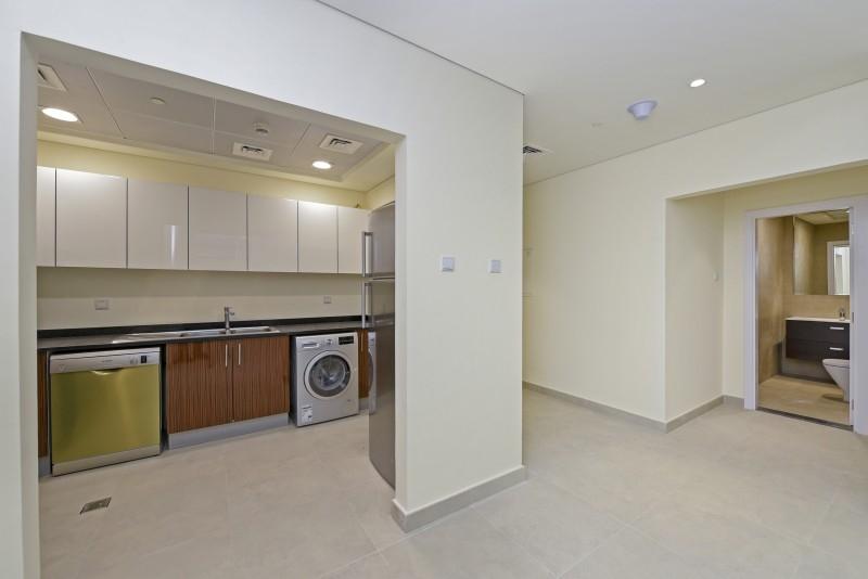1 Bedroom Apartment For Rent in  Marina Arcade Tower,  Dubai Marina   3