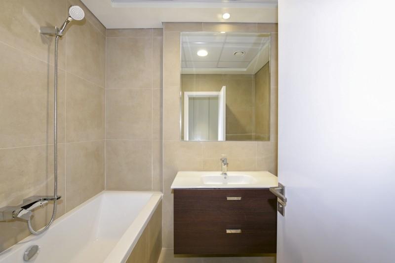 1 Bedroom Apartment For Rent in  Marina Arcade Tower,  Dubai Marina   8