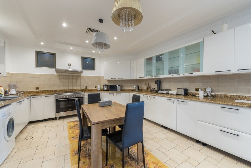 5 Bedroom Villa For Sale in  Garden Homes Frond D,  Palm Jumeirah | 5