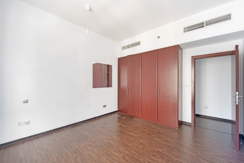 3 Bedroom Apartment For Sale in  Shams 1,  Jumeirah Beach Residence | 11