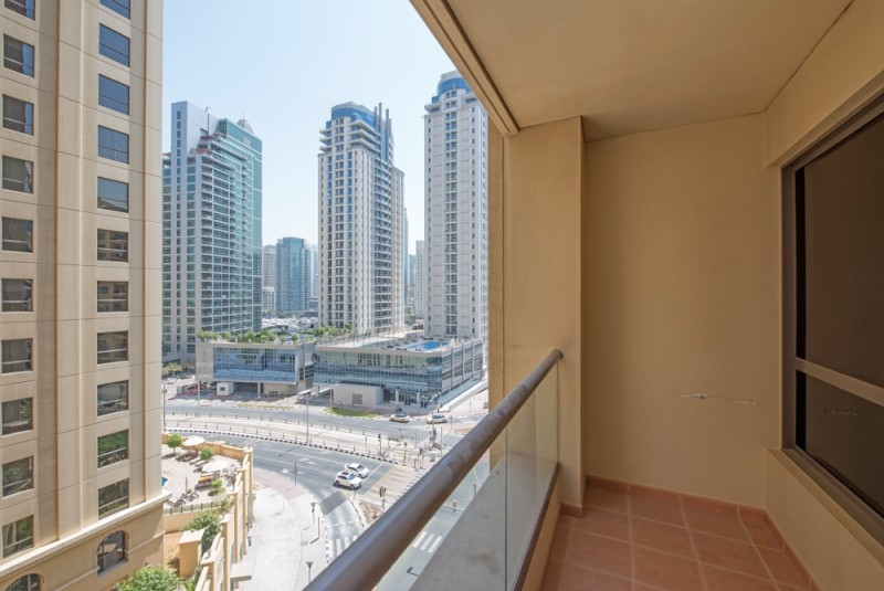 3 Bedroom Apartment For Sale in  Shams 1,  Jumeirah Beach Residence | 8