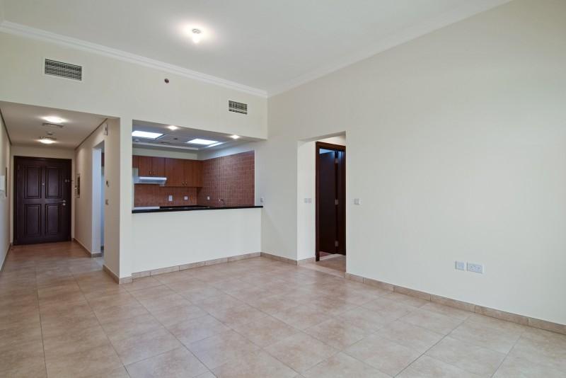 1 Bedroom Apartment For Rent in  Venetian,  Dubai Sports City   0