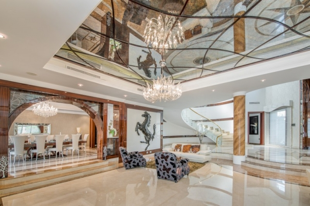 Section P, Emirates Hills