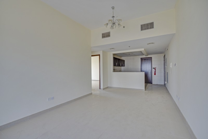 2 Bedroom Apartment For Sale in  Dana Towers,  Jumeirah Village Circle   3
