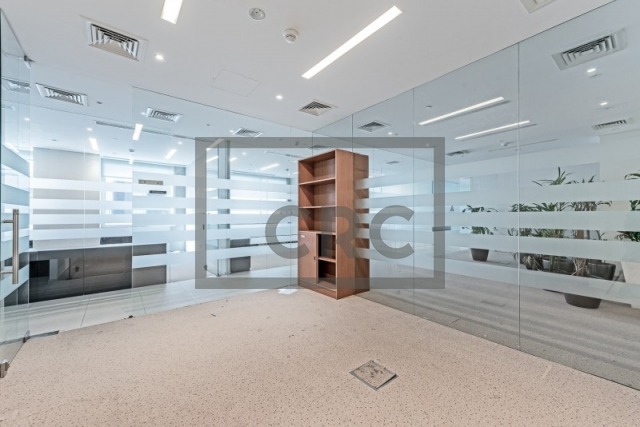 office for sale in business bay, bay square building 1 | 4