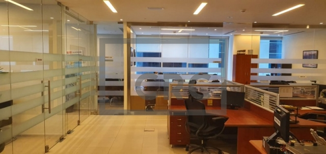 office for sale in business bay, bay square building 1   5