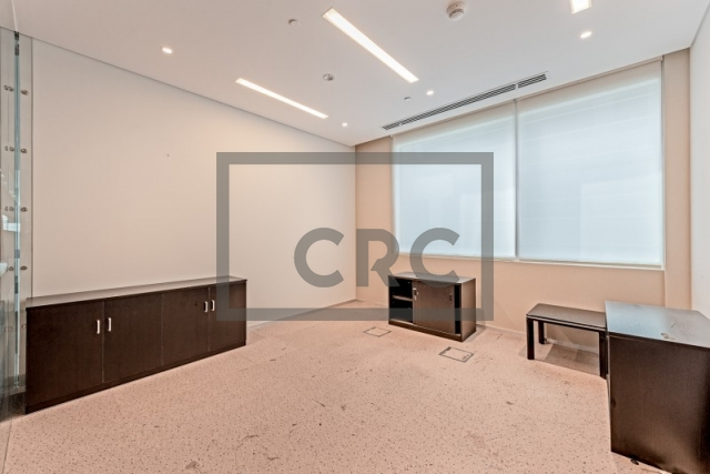 office for sale in business bay, bay square building 1   7
