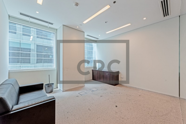 office for sale in business bay, bay square building 1   9
