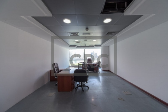 semi-furnished office for rent in business bay, blue bay tower | 4