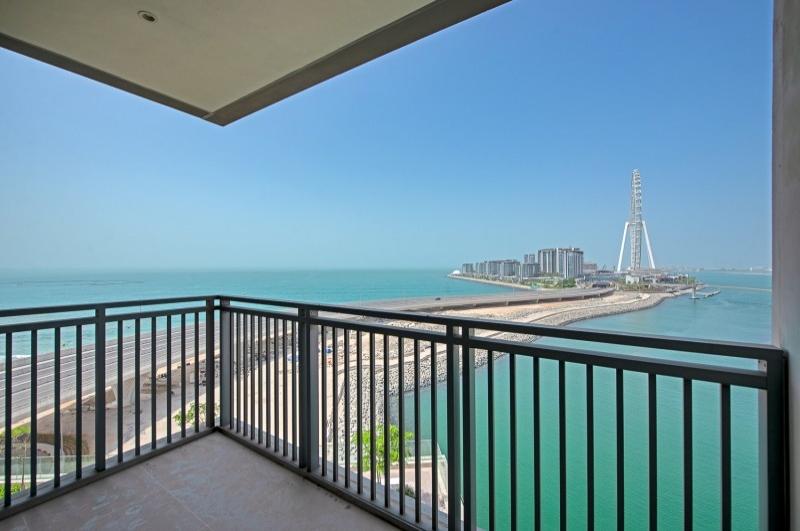 52/42, Dubai Marina