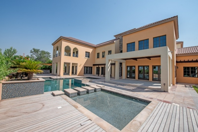 Redwood Avenue, Jumeirah Golf Estates