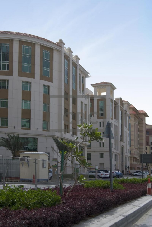 office for rent in dubai healthcare city, building 25 | 12