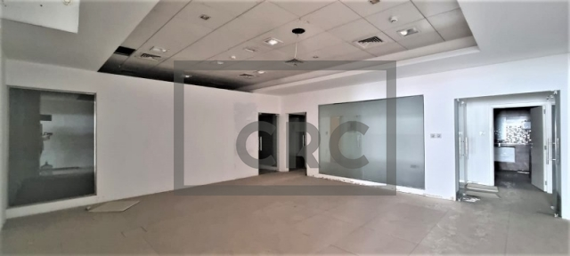 retail for rent in deira, amea commercial building | 5