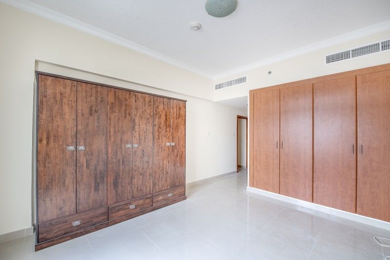2 Bedroom Apartment For Sale in  Plaza Residences,  Jumeirah Village Circle | 5