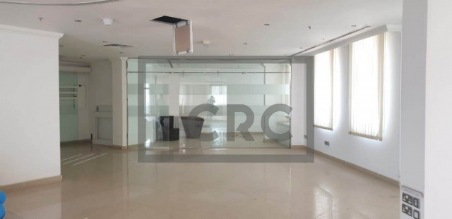 2,790 sq.ft. Office in Dubai Healthcare City, Building 49 for AED 334,800