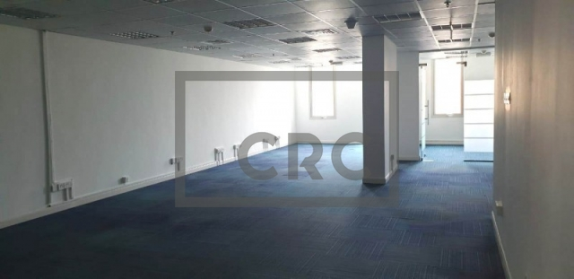 1,680 sq.ft. Office in Dubai Healthcare City, Building 49 for AED 210,000