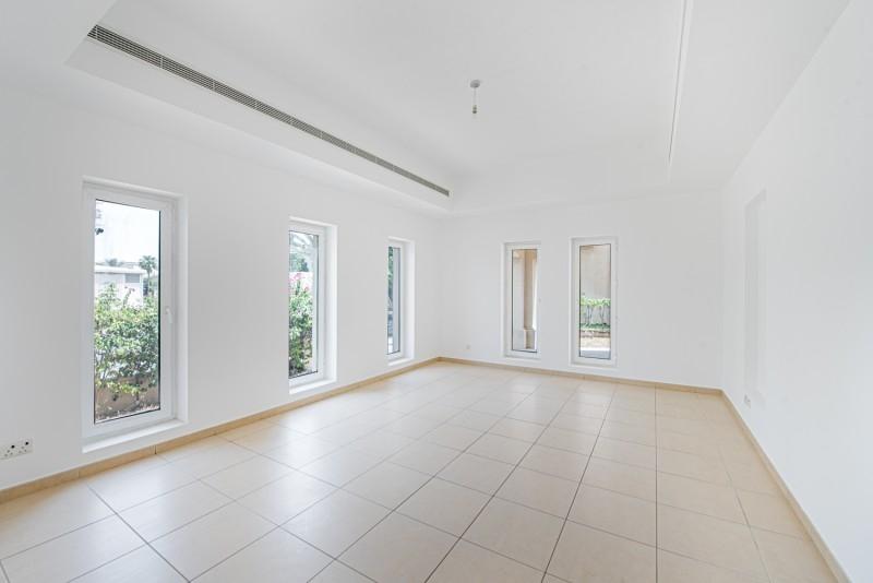 6 Bedroom Villa For Rent in  Al Mahra,  Arabian Ranches   11