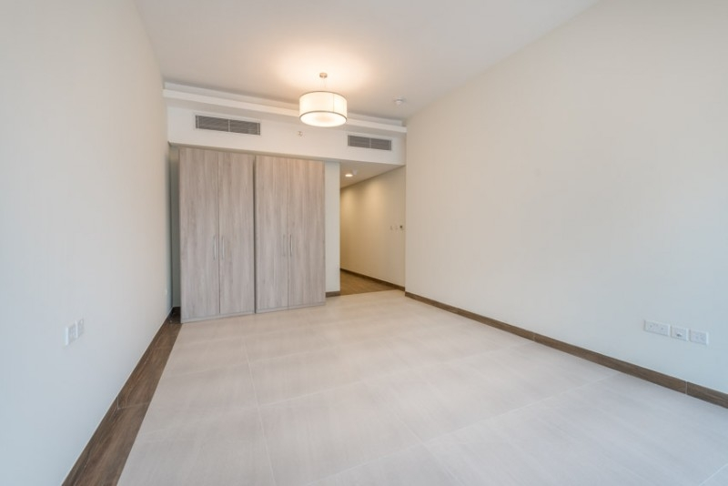 Studio Apartment For Rent in  Sol Bay,  Business Bay   4