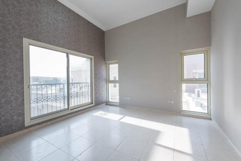 6 Bedroom Villa For Sale in  Umm Suqeim 2,  Umm Suqeim | 2